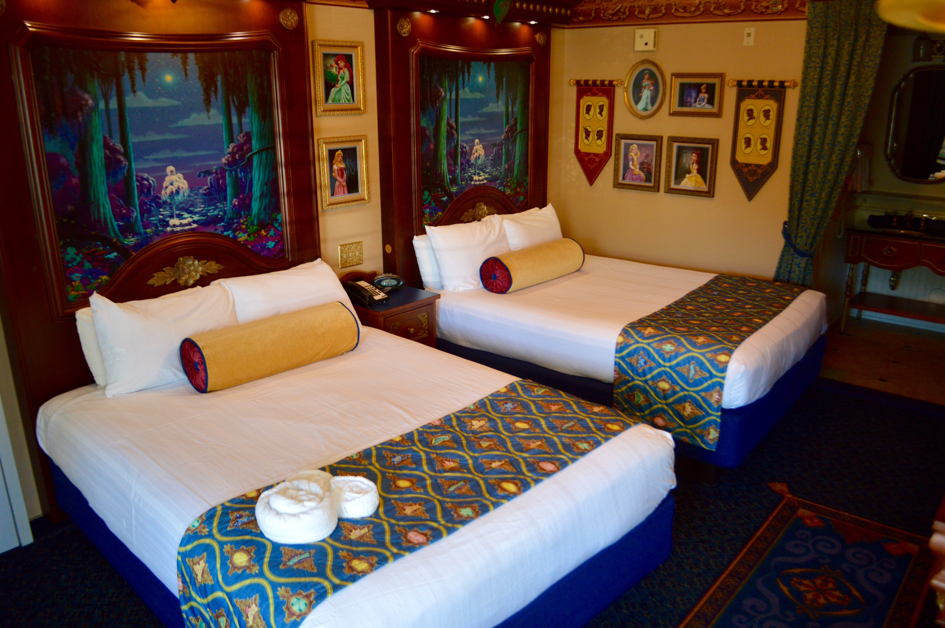 Rooms: Royal Rooms At Walt Disney World