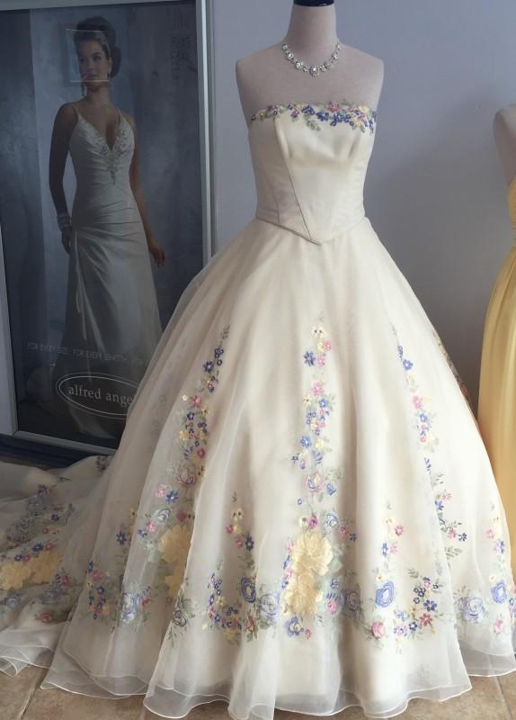 alfred angelo cinderella wedding dress 2015